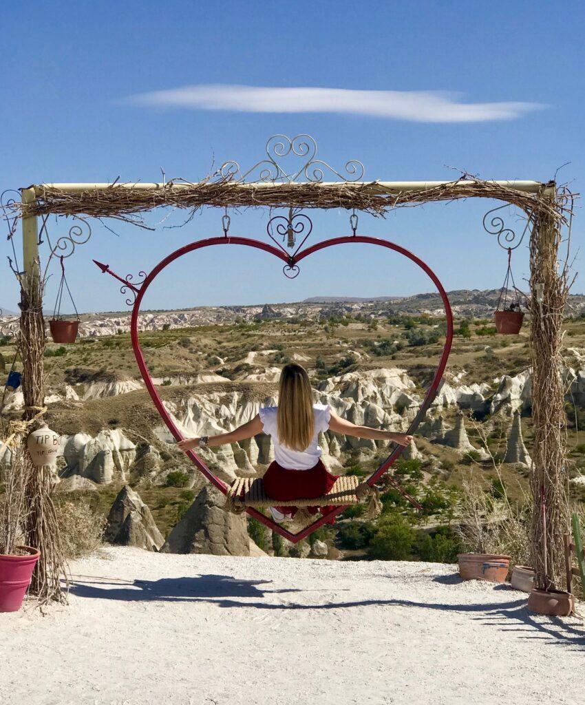 altalena sulla Love Valley, Cappadocia