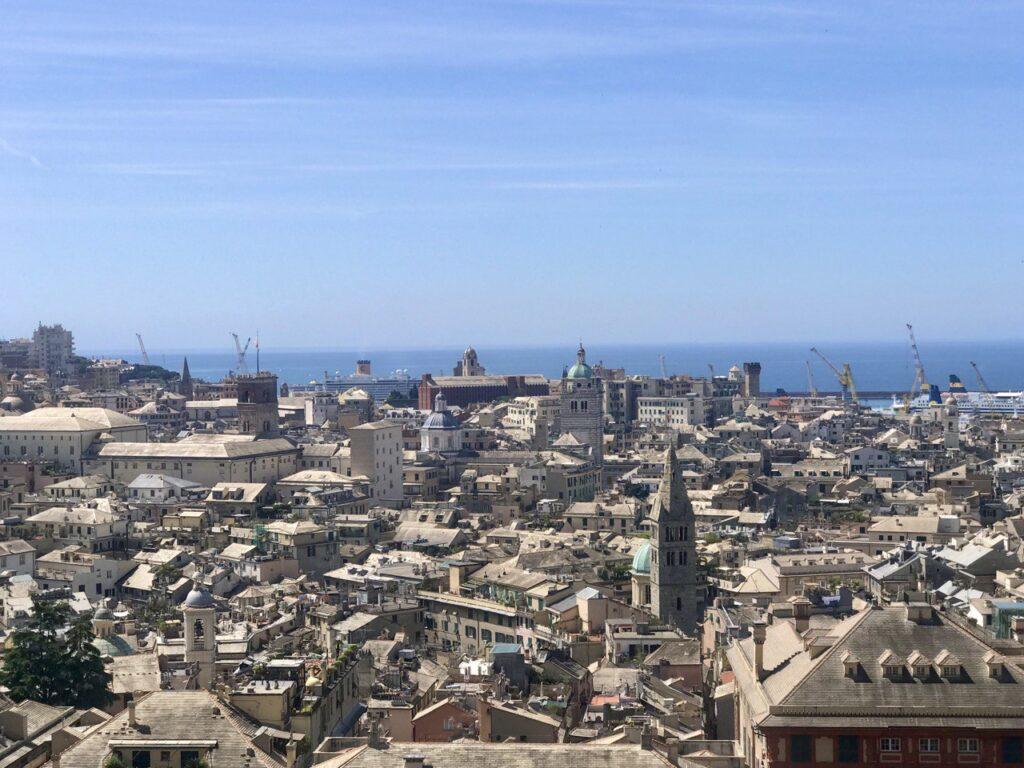 Panorama da Spianata Castelletto a Genova